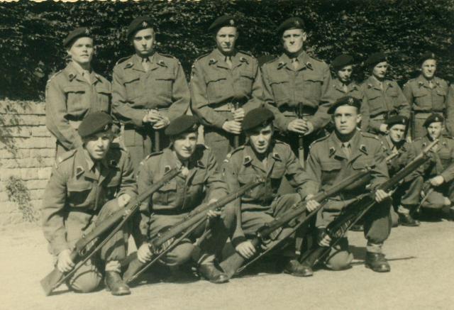 Marche-les Dames en 1950: Défilé. Albert061-12ad801